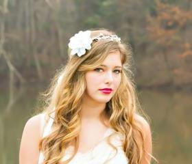 Bridal flower headpiece, bridal hair crown, white flower halo