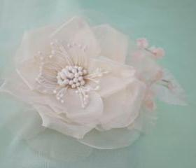wedding hair accessories, bridal hair clip, silk flower hair clip, white bridal hairpiece
